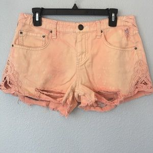 Free people distressed cut off shorts size 29